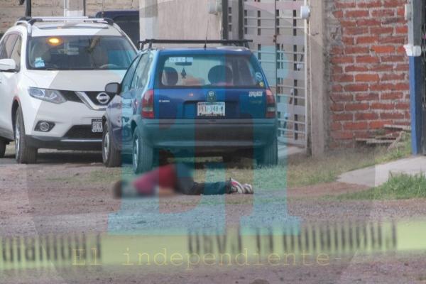 Jovencita es asesinada a balazos en el Fraccionamiento cosmos de Zamora