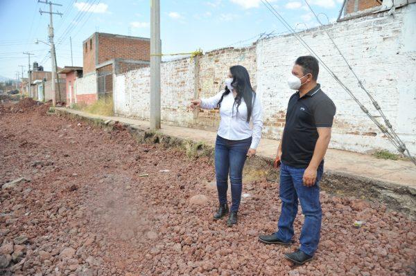 Supervisan obras en distintos lugares de Jacona