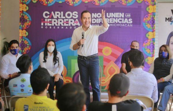 Campaña de propuestas reales, sin triunfalismos y a ras de tierra, el sello de Carlos Herrera