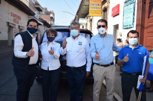 Sigamos cambiando Tangancícuaro: Roberto García