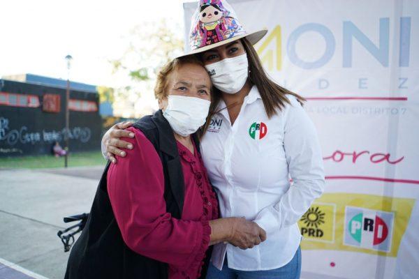 Arrancó campaña Moni Valdez para la diputación local distrito 07