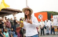 Diálogo permite generar cambio positivo para todos: Moni Valdez