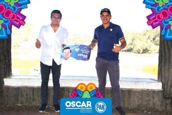 Precandidato a diputado por Morena se suma al proyecto de Oscar Escobar