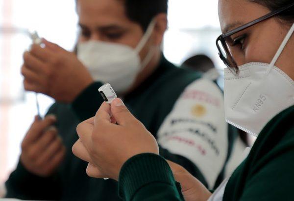 Registra Michoacán más de mil defunciones por COVID-19 en personas de 50 a 59 años
