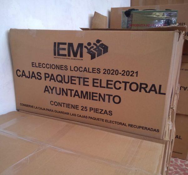 Llegó la primera dotación de material electoral al IEM de Zamora