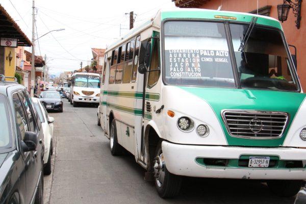 Transporte público seguirá con medidas anticovid, sigue latente riesgo