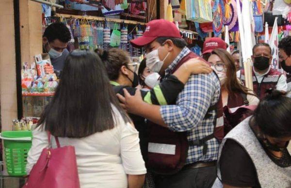 """Juan Pablo se reunió con vecinos del """"Barrio la Zarcita"""" de Zacapu."""
