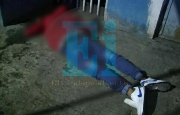 Joven es asesinado a tiros frente a su domicilio en Zamora