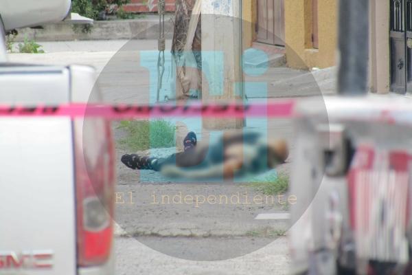 Delincuentes atentan contra matrimonio en Zamora; el hombre muere