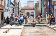 Sigue malestar de Vecinos por alargue de obra en calle Cázares
