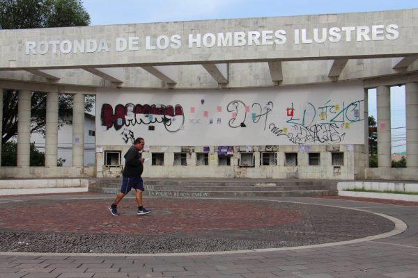 Piden dignificar y resaltar identidad a Rotonda de los Hombres Ilustres