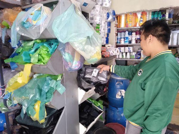 De manera considerable subió el precio del plástico