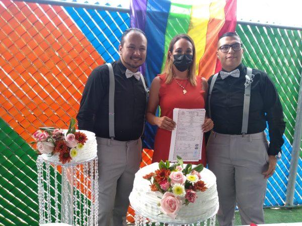 Unen su vida civilmente pareja del mismo sexo en Zamora