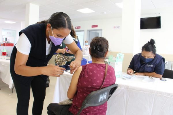 Población de 18 a 39 años ya se puede inscribir para vacunación COVID