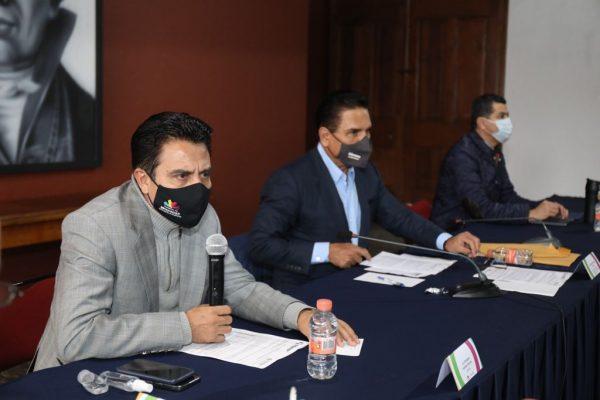 """Atiende Gobierno de Michoacán afectaciones por paso de """"Enrique"""" en la Costa"""
