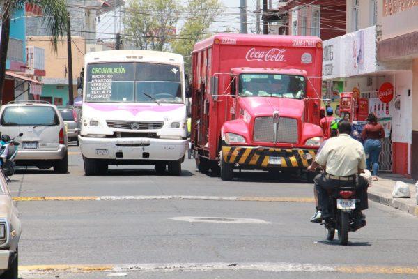 Aún con crisis, transportistas no tienen intención de subir precio de pasaje