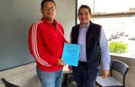 Solicita Arturo Hernández al IEM consulta para  la ley indígena integral