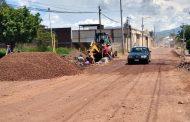 Vecinos piden con urgencia terminar arreglo de calle Labastida; tienen dificultad para transitar