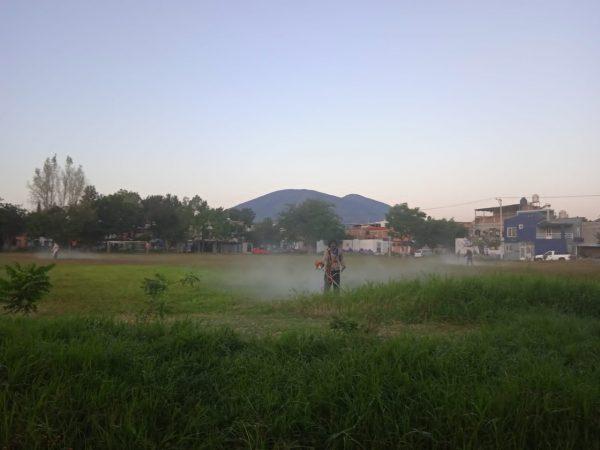 Mejoran imagen de espacios públicos en Jacona