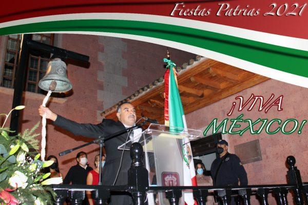 Isidoro Mosqueda dio su primer Grito de Independencia, rindió honores a los héroes que nos dieron Patria y Libertad