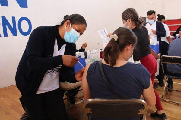 Sobraron vacunas del grupo de 30 a 39 años, aplicadas 20 mil
