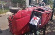 Joven es baleado en su camioneta, vuelca y queda herido, en Zamora