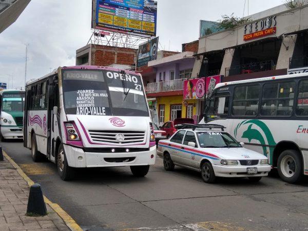 Contemplan colocación de parabus piloto en avenida 5 de Mayo