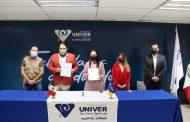 UNIVER une esfuerzos con ASPEVAZA para continuar formación de periodistas