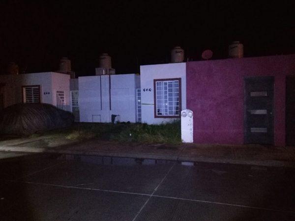 Maniatado y baleado hallan cadáver en vivienda del Fraccionamiento Acanto II