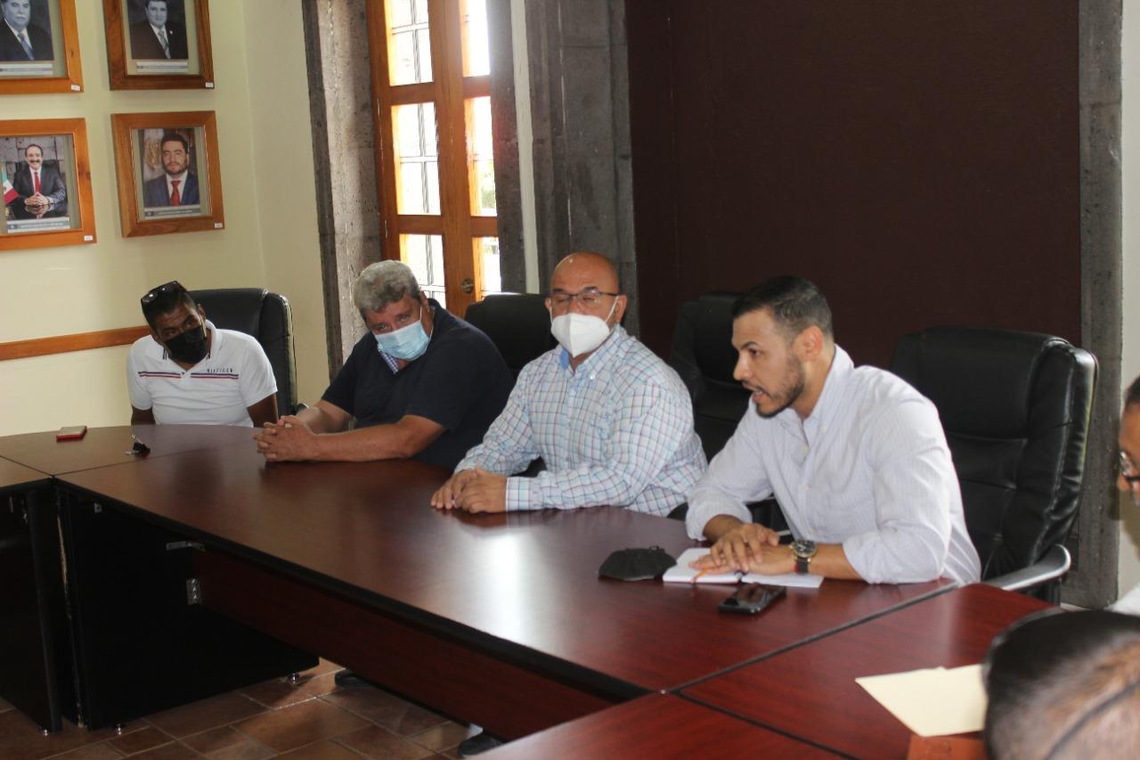 Vinculan acciones para ordenar y mejorar servicio de transporte público en Zamora
