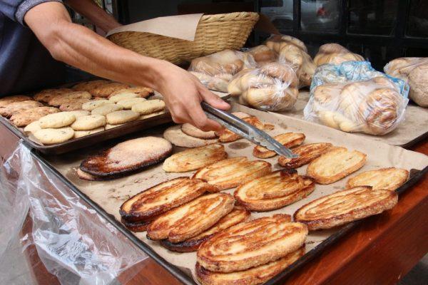 Panaderos sin ánimo para elaborar pan de muerto
