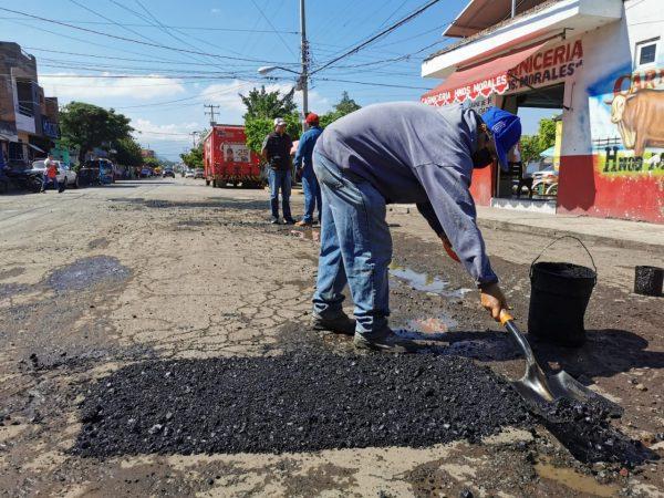 Sin precedente, labores de mantenimiento a vialidades en Zamora
