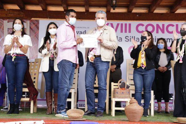 Artesanía michoacana llegará a Los Pinos para su comercialización: Alfredo Ramírez