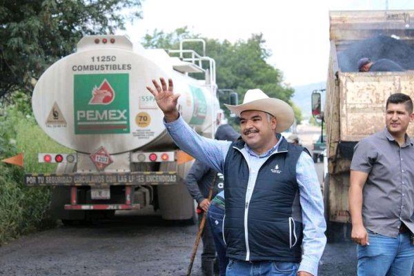 Isidoro Mosqueda cumple con ciudadanos, da resultados en su primer mes de labores