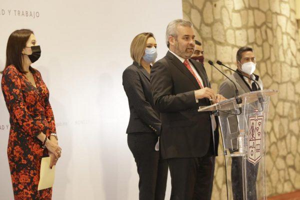 Celebra gobernador Ramírez Bedolla regreso a las aulas en bachilleratos y universidades
