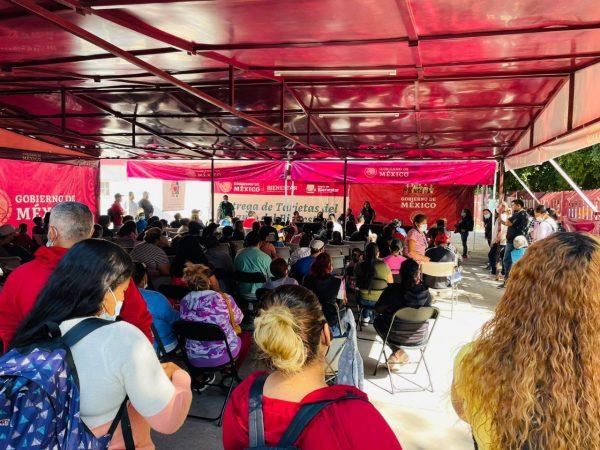Secretaria Brenda Fraga se reúne con migrantes desplazados por la violencia