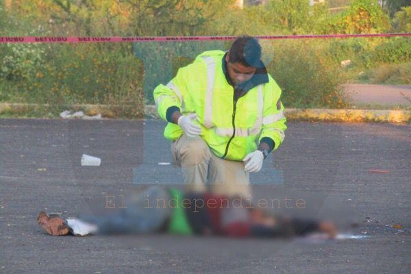 Hombre muere tras ser arrollado por un vehículo desconocido en Ario de Rayón