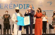 Entrega Gobernador el Premio Estatal de las Artes Eréndira 2021